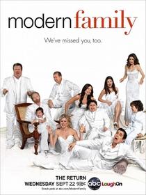 Família Moderna (2ª Temporada) - Poster / Capa / Cartaz - Oficial 1