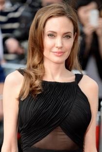Angelina Jolie - Poster / Capa / Cartaz - Oficial 14