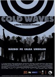 Cold Waves - Poster / Capa / Cartaz - Oficial 1