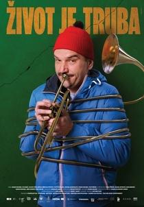 A Vida Como Uma Trombeta - Poster / Capa / Cartaz - Oficial 1