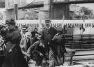 Arrivée des Congressistes à Neuville-sur-Saône (Arrivée des Congressistes à Neuville-sur-Saône)