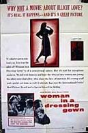 Uma Sombra em Sua Vida (Woman in a Dressing Gown)
