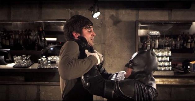 Batman enfrenta Dexter Morgan em curta feito por fãs