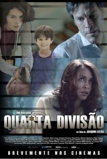 Quarta Divisão - Poster / Capa / Cartaz - Oficial 1