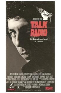 Talk Radio - Verdades Que Matam - Poster / Capa / Cartaz - Oficial 4