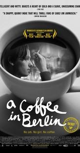 Um café em Berlim - Poster / Capa / Cartaz - Oficial 1