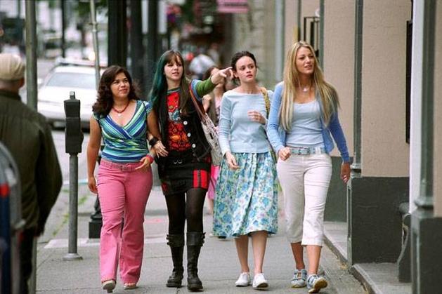 FILMES E GAMES - E tudo sobre a cultura POP | Quatro amigas e um jeans viajante - Crítica