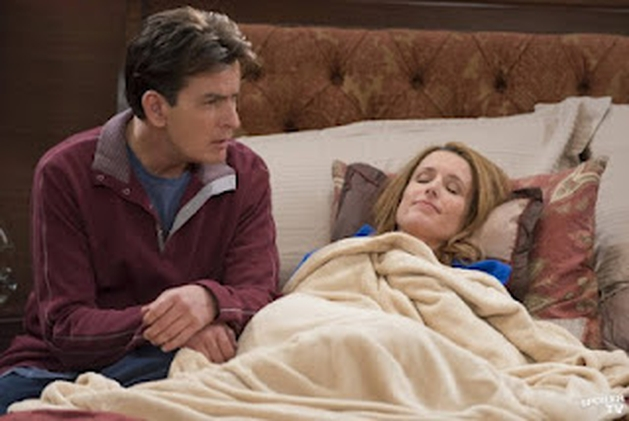 Fotos promocionais de 1x03 - Charlie Tries Sleep Deprivation | Anger Management Brasil