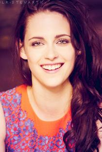 Kristen Stewart - Poster / Capa / Cartaz - Oficial 14