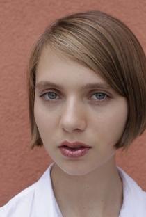 Sasha Frolova - Poster / Capa / Cartaz - Oficial 1