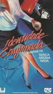 Identidade Confirmada - Poster / Capa / Cartaz - Oficial 2