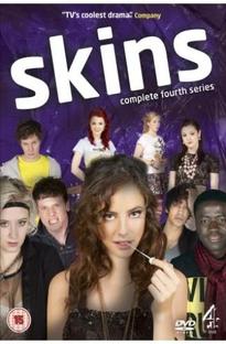 Skins - Juventude à Flor da Pele (4ª Temporada) - Poster / Capa / Cartaz - Oficial 1