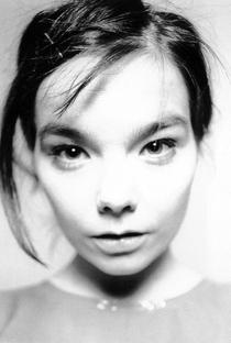 Björk - Poster / Capa / Cartaz - Oficial 3