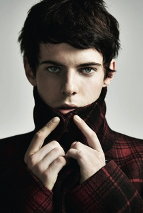 Harry Treadaway - Poster / Capa / Cartaz - Oficial 2