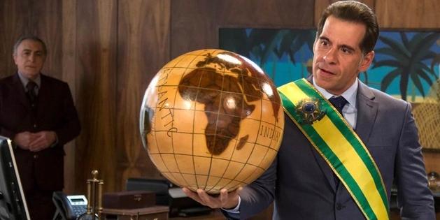 O Candidato Honesto 2 e uma crítica à política brasileira