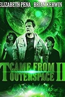 A Ameaça que Veio do Espaço II - Poster / Capa / Cartaz - Oficial 3