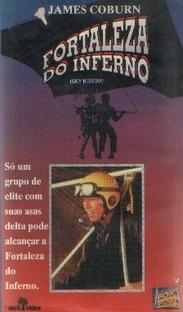 Fortaleza do Inferno - Poster / Capa / Cartaz - Oficial 2