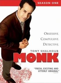 Monk: Um Detetive Diferente (1ª Temporada) - Poster / Capa / Cartaz - Oficial 1