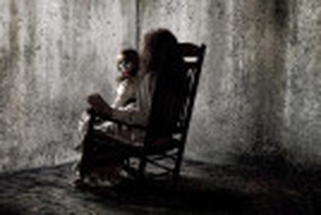 """Veja seis cenas do terror baseado em uma história real, """"Invocação do Mal"""""""