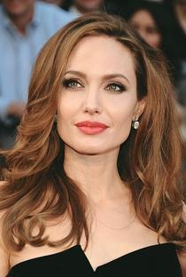 Angelina Jolie - Poster / Capa / Cartaz - Oficial 1