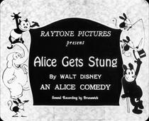 Alice Gets Stung - Poster / Capa / Cartaz - Oficial 1