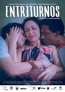 Entreturnos - Poster / Capa / Cartaz - Oficial 1