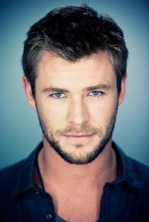 Chris Hemsworth - Poster / Capa / Cartaz - Oficial 1